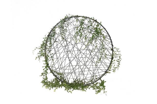 Greenery W/ Wire Hoop Medium