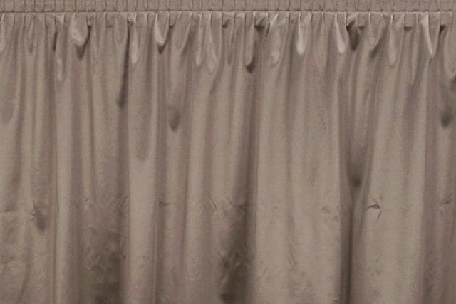 Silver Polyknit Tableskirt
