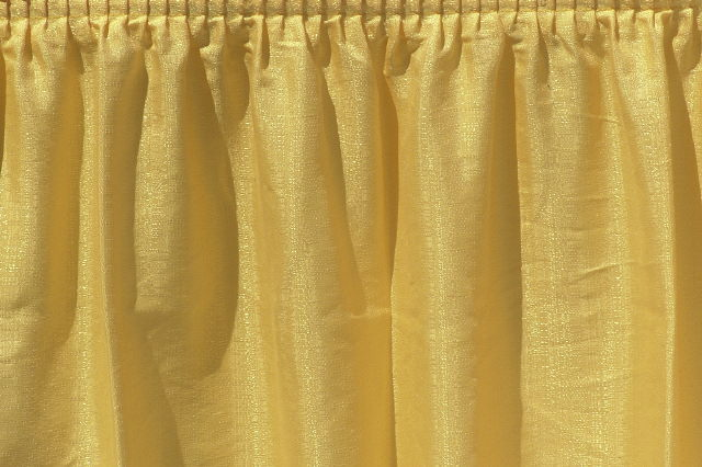 Sunshine Yellow Banjo Tableskirt
